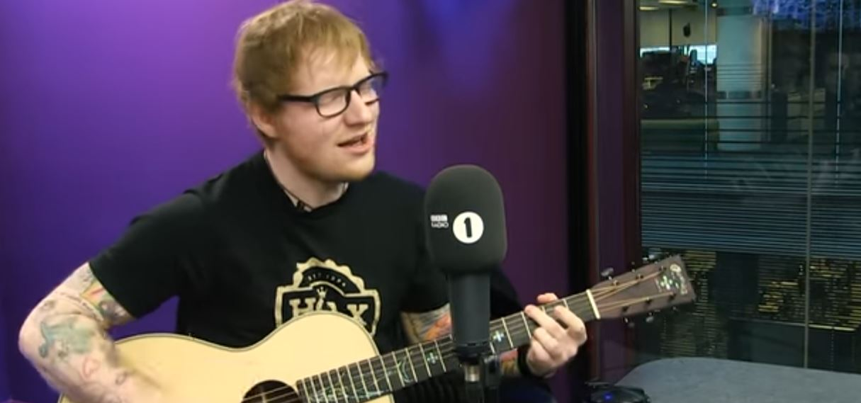 ed sheeran castle on the hill live acoustic
