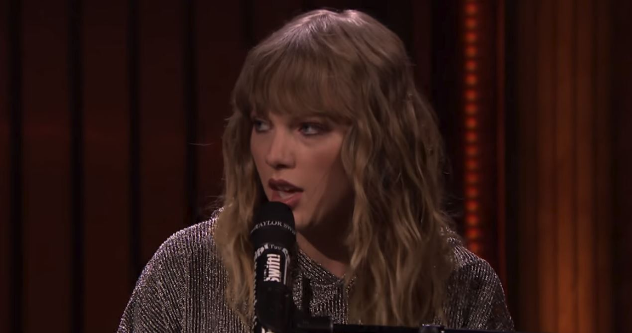 taylor swift new year's day live performance jimmy fallon